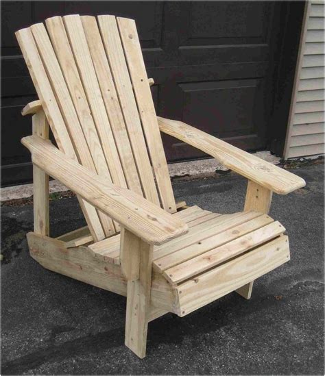 recycled pallets turned into an adirondack chair page 1
