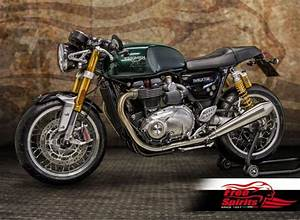 Thruxton R 1200 : undertray license plate lucas e11 for triumph thruxton 1200 ~ Medecine-chirurgie-esthetiques.com Avis de Voitures