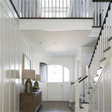 distressed foyer cabinet design ideas