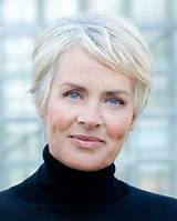 Older women s short hairstyles and hair colors for 2019