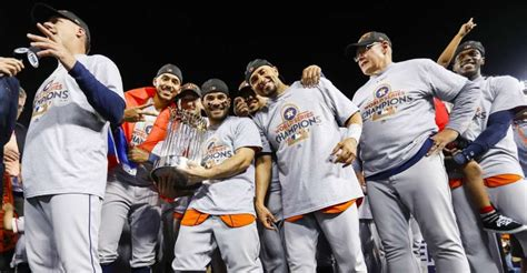 hollywood  astros beat dodgers  game   win
