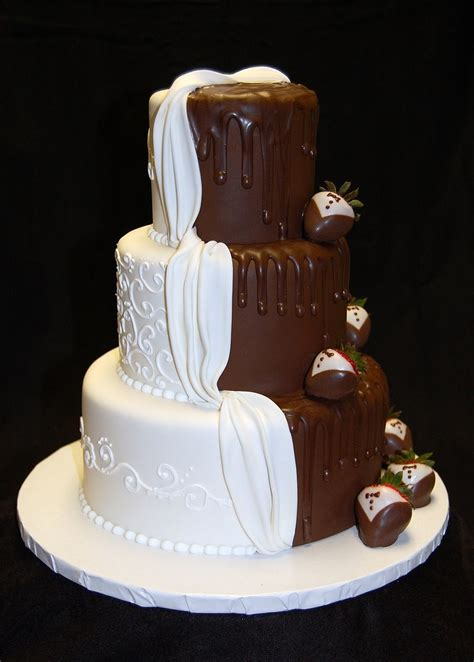 Dreas Dessert Factory His And Hers Wedding Cake