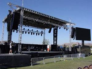 Pics For > Outdoor Concert Stage Design