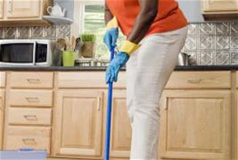 steam mop vinyl plank flooring can vinyl plank flooring be cleaned with a steam mop home guides sf gate