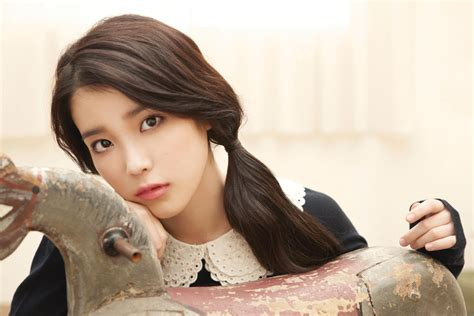 Anticipating Iu's Peachy Return