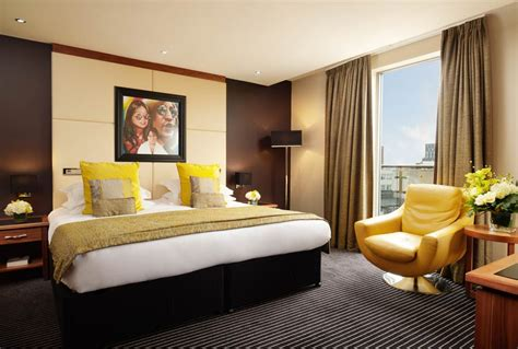 roomssuites hard days night hotel liverpool city