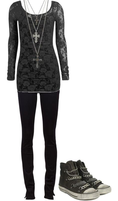 The 25+ best Gothic outfits ideas on Pinterest   Cute goth outfits Casual gothic fashion and Nu ...
