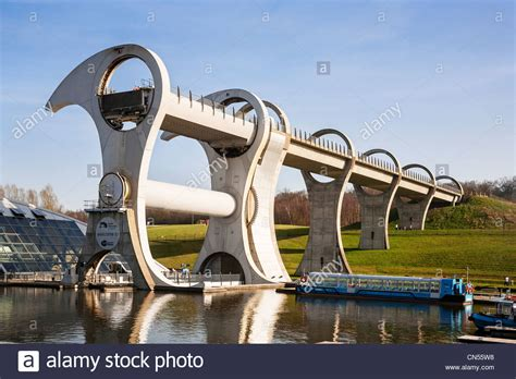 Boat Lift Scotland by The Falkirk Wheel Boat Lift On The Union Canal Falkirk