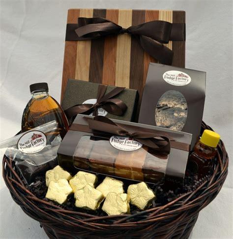 kosmetik korb geschenk geschenkkorb das perfekte geschenk f 252 r jede feier archzine net