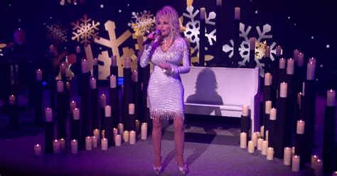 Dolly Parton: CBS Christmas Special Is a 'Little Something ...
