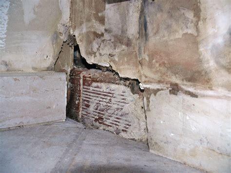 mur interieur humide que faire murs int 233 rieurs humides bande transporteuse caoutchouc