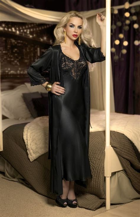 robe de chambre longue femme 356 best images about nightgowns i like on
