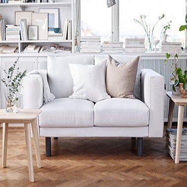 petit canapé pour studio petit canape 2 places pour un studio cosy ikea