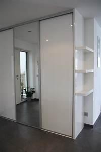 Garderobenmöbel Weiß : modernes garderobenm bel in wei hochglanz von schreinerei ~ Pilothousefishingboats.com Haus und Dekorationen