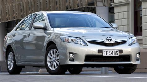 2010 Toyota Camry Hybrid by Toyota Camry Hybrid 2010 Car Review Aa New Zealand