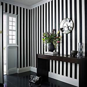 Striped Wallpaper: Vertical vs. Horizontal