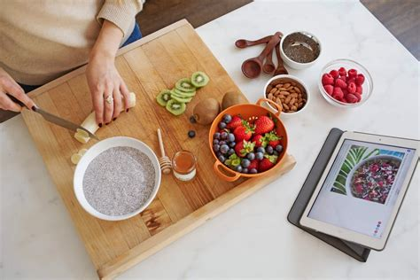 gadgets kitchen chia seeds healthy eat way cook eating bulk breakfast food amazon tips nutritionist volume right items weight popsugar
