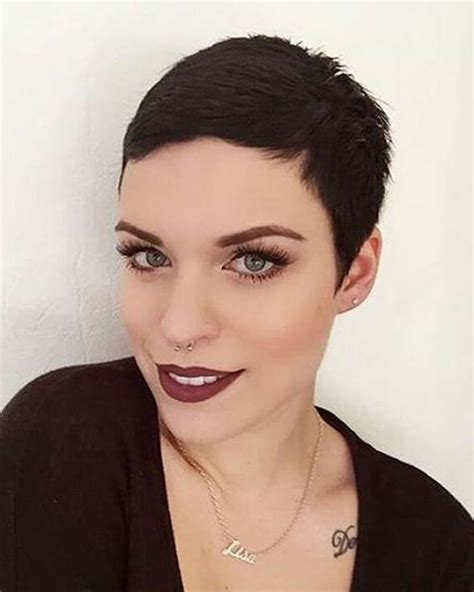 If you're looking for a new short hairstyle or would like to cut your long hair, have a look at these classy short hairstyles that will offer you inspiration in finding your perfect short hairdo. Ultra Short Hair ideas for 2018-2019 - HAIRSTYLES