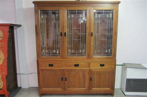Stickley Hutch Buffet Sideboard China Cabinet Stain Glass