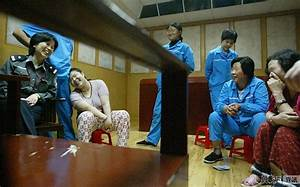 Chinese execution pictures: Women about to be executed for ...