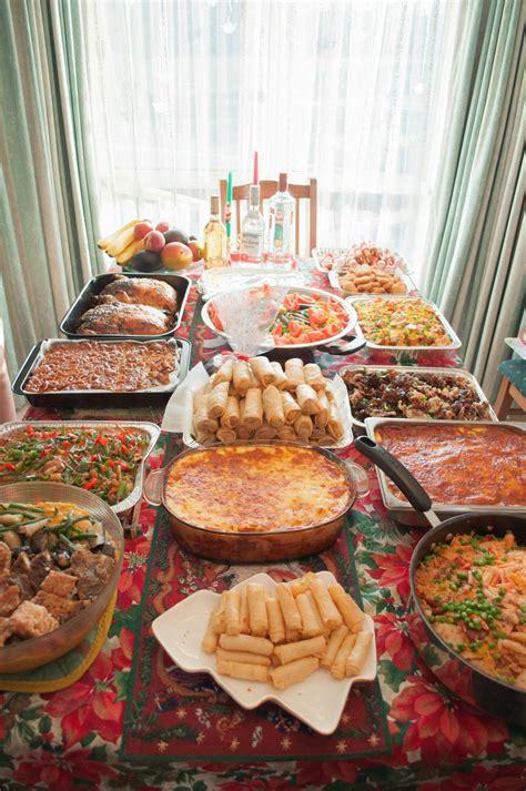 I love filipino parties : food