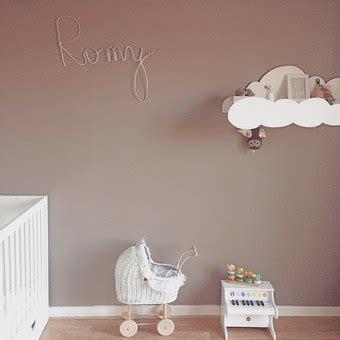 equipement chambre bebe comment décorer la chambre d 39 un bébé avec un équipement de
