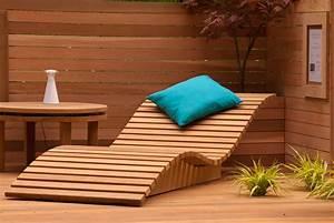 Wooden sun lounger Lisa Cox Garden Designs Blog