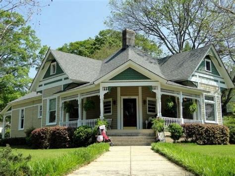 cottage style homes cottage style homes exteriors white cottage style homes