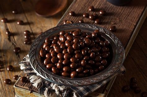Best espresso beans for cold brews: Best Chocolate Covered Espresso Beans for Energy Boost ...