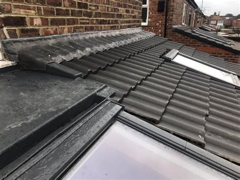 hightech roofing nw  roofing service manchester