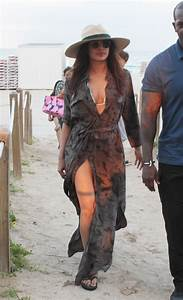 Priyanka Chopra At the beach with friends and family in ...