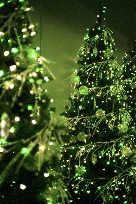 green tree decorations green christmas decorating ideas easyday