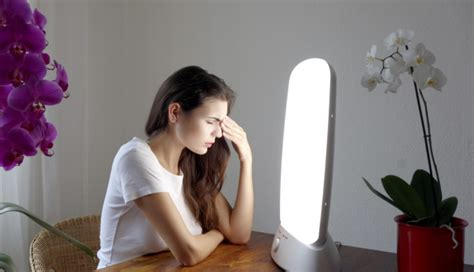seasonal light disorder ls cbt better than light therapy for seasonal affective disorder