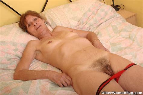 Saggy Grandma Vikki Gets Hairy Pussy Fingered At Mature