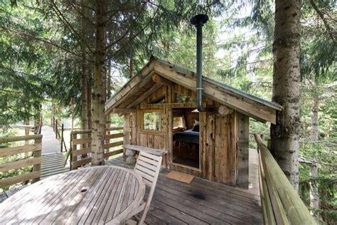 cabane dans les arbres avec salle de bain louer un chalet de luxe avec bain norv 233 gien 224 annecy introuvable