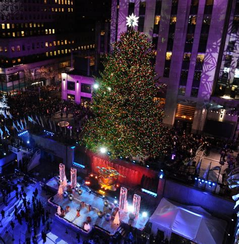 when is tree lighting in rockefeller center 28 images