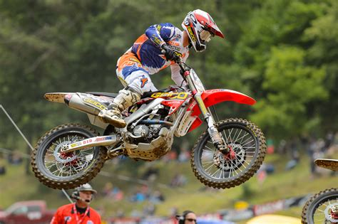 honda racing motocross dirtbike moto motocross race racing motorbike honda rr