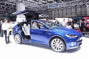 Tesla Porte Papillon : tesla model x tesla vous donne des ailes vid o en direct du salon de gen ve ~ Nature-et-papiers.com Idées de Décoration