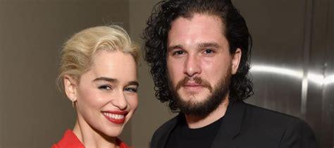 Emilia Clarke et Kit Harington (Game of Thrones) ultra ...