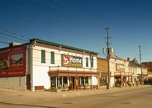 filehome hardware building st jacobs ontariojpg wikipedia With st jacobs furniture home hardware