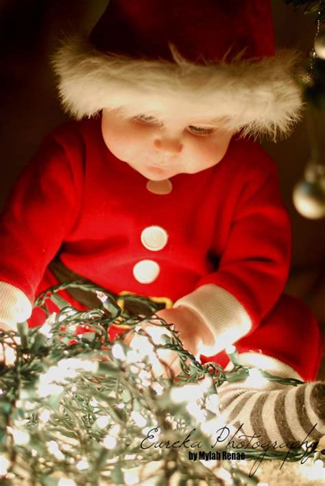 christmas tree  austin tx family portrait