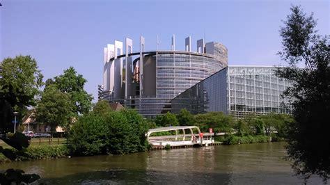 siege du parlement europeen fichier parlement européen strasbourg jpg wikipédia