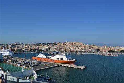 al porto di cagliari costa magica profumo d agrumi pazzo per il mare cruise