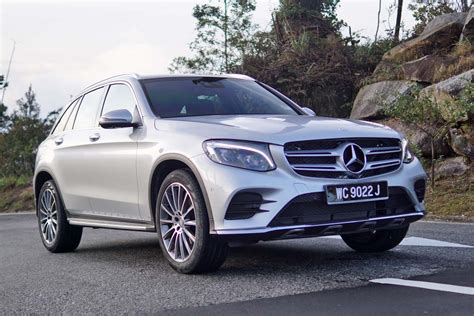 See design, performance and technology features, as well as models, pricing, photos and more. Review: 2016 Mercedes-Benz GLC 250 4MATIC - AutoBuzz.my
