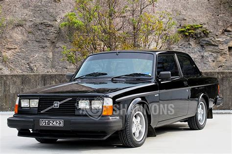 sold volvo gt  door sedan auctions lot  shannons