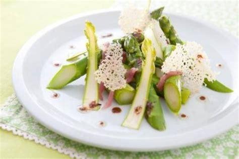cuisine hollandaise recettes asperge par l 39 atelier des chefs