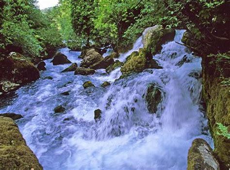 chambre d hotes provence tourisme à fontaine de vaucluse visitez fontaine de