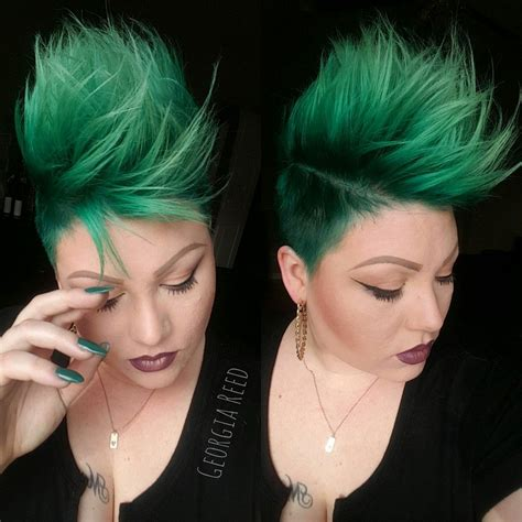 Loving This Emerald Green Hair Color And Mohawk Girlhawk