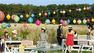 10 styles de guirlandes pour des jardins en fete With lovely idee de terrasse exterieur 5 idee decoration bureau original