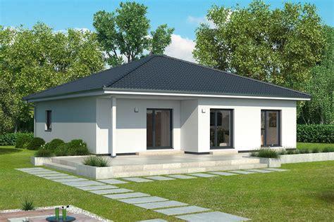 Moderne Bungalow Häuser by Gussek Haus Bordeaux
